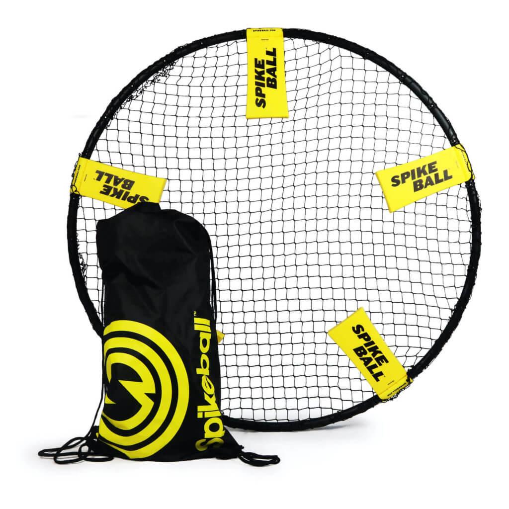 Das aufgebaute Spikeball Netz