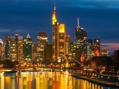 Spikeball™ Set kaufen in Frankfurt
