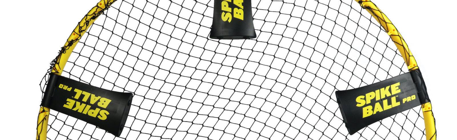 Eingeklappte Beine beim Spikeball™ Standard Set