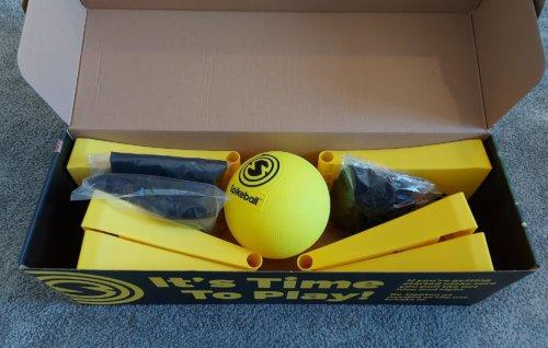 Geöffneter Spikeball Rookie Set Karton
